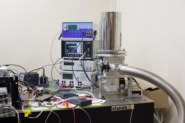 Russian researchers have developed a highly stable long-distance quantum communications device. Photo by ITMO University