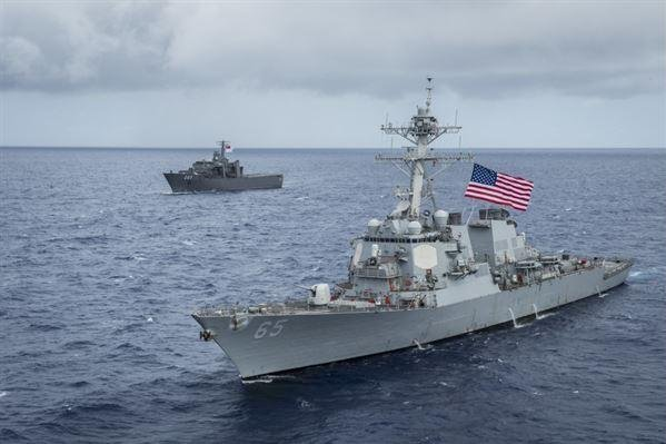 U.S. warship collides with Japanese tug boat