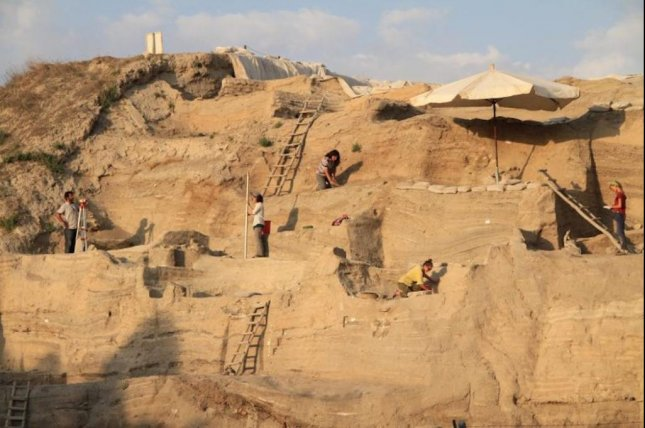 Researchers measured ancient urine salt levels among the sediment layers at the Aşıklı Höyük archaeological site in Turkey. Photo by Güneş Duru