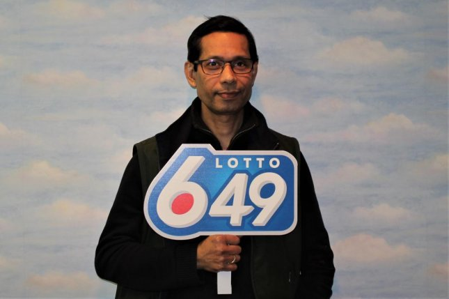 A Saskatchewan man scored a lottery jackpot of more than $750,000 from a ticket he received for free. Photo courtesy of the Western Canada Lottery Corp.