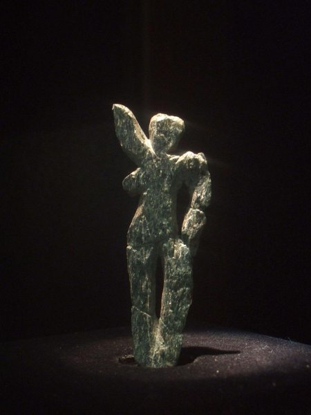 A new theory suggests the earliest Venus figurines were meant to be instructive to women for survival of harsh winters, rather than just artistic odes to female beauty. Photo by Aiwok/Wikimedia