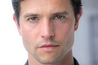 Actor Jason Behr has joined the cast of Roswell, New Mexico for Season 2. Photo courtesy of The CW