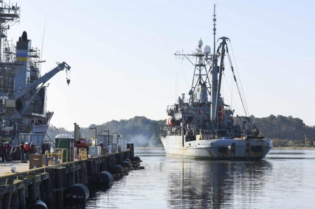 The Navy's Rescue and Salvage-class vessel USNS Grasp prepares to pull into homeport at Joint Expeditionary Base Little Creek/Fort Story on Nov. 16, 2016. The Towing, Salvage and Rescue Ship, or T-ATS, seeks to replace the USNS Grasp. Photo by Petty Officer 2nd Class Travis DiPerna/U.S. Navy
