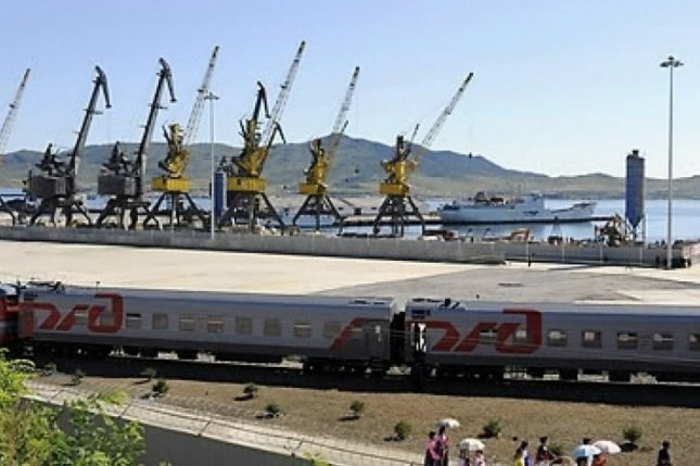 A Russian train arrives in the North Korean port city of Najin in November. Photo by Yonhap