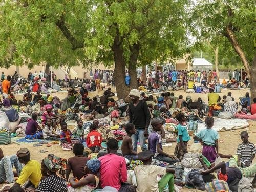 Thousands of refugees fled Boko Haram attacks in Nigeria, arriving in Niger. The United States announced an additional $37 million in humanitarian aid to those displaced by Boko Haram attacks. Photo courtesy of MSF .
