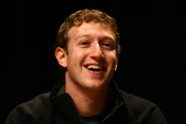 Zuckerberg said that the aim of the new initiative was to make affordable access to basic internet services available to every person in the world.(CC:Jason McELweenie)