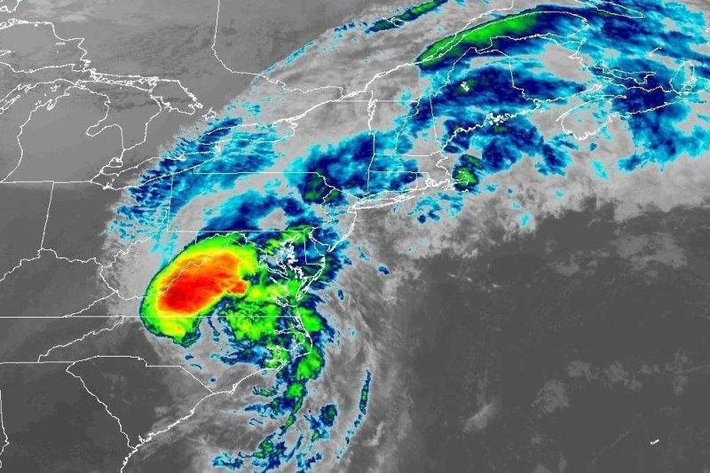 Hurricane Michael takes aim at Florida Panhandle, prompting evacuations