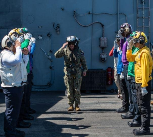 Vice Adm. Bill Merz, new commander of the U.S. Navy's 7th Fleet, visited the USS Ronald Reagan while at sea this week. Photo courtesy of U.S. Navy