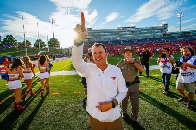 SMU's Chad Morris is leading candidate at Arkansas, sources say