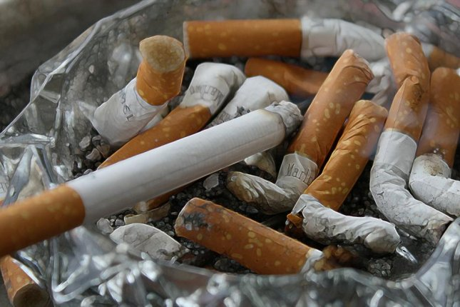 Smokers and those with COPD might be at increased risk for severe illness with COVID-19, a new analysis has found. Photo by Gerd Altmann/Pixabay