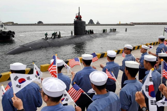 USA submarine docks in Korean waters