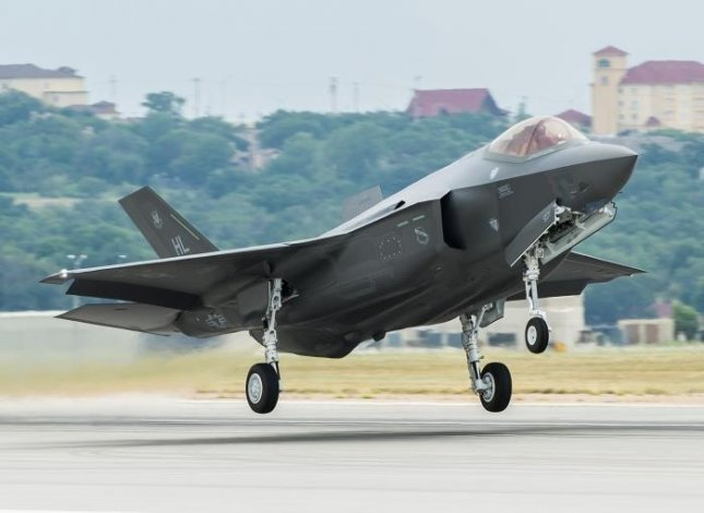 A U.S. Air Force F-35 takes off. Photo courtesy of U.S. Air Force