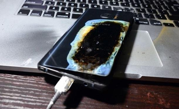 Samsung advised customers of the Galaxy Note 7 smartphone to shut off the devices immediately, and announced a halt in their production. Screenshot courtesy of CNN