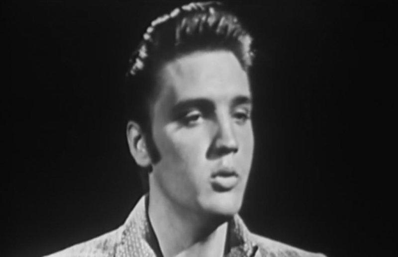Elvis Presley performing Love Me Tender on The Ed Sullivan Show on September 9, 1956. Screenshot: The Ed Sullivan Show/YouTube