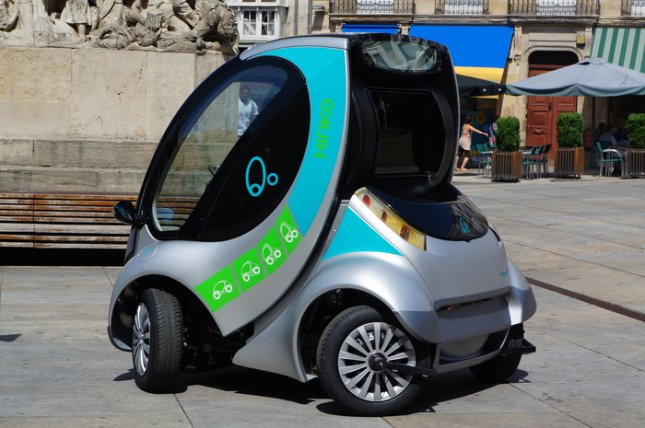 South Korean researchers have come up with a micro electric car -- the Armadillo-T -- that can be folded so it uses less space when parked. (Courtesy wikimedia.org)