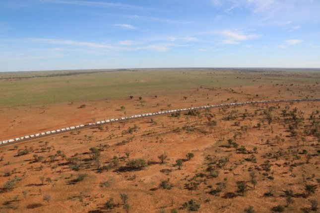 A line of 868 RVs, measuring a total of nearly 6 miles long, in Australia was officially certified as a Guinness World Record. Photo courtesy of Guinness World Records