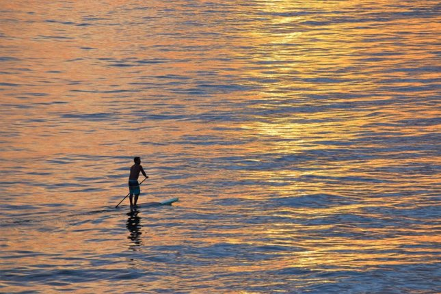Matty Bray dropped his Samsung Galaxy phone into the North Sea while paddleboarding near Bracton, England, and it was returned to him after being found by a beach visitor a few days later. Photo by RevsReels/Pixabay.com