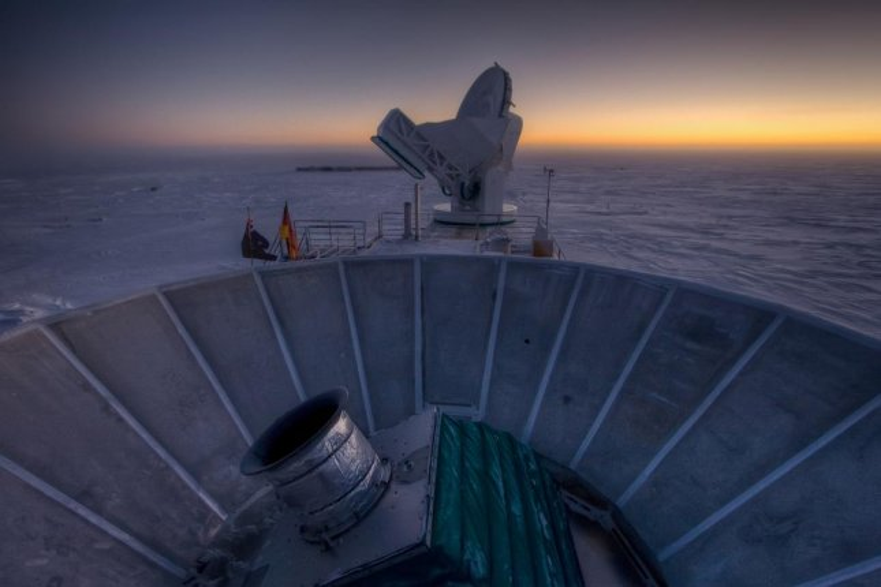 Telescopes at the South Pole Station (Harvard)