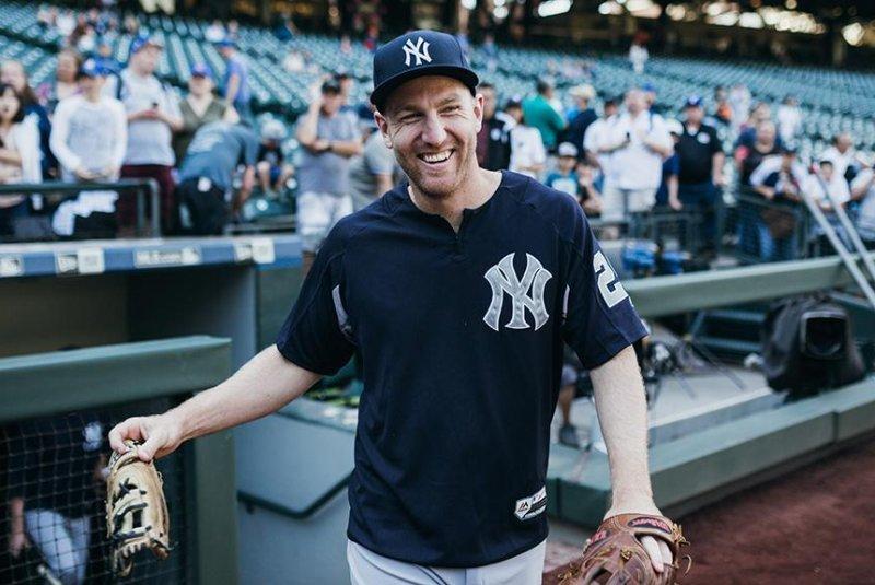 best service 0b132 d6055 Watch: New York Yankees survive Todd Frazier triple play ...