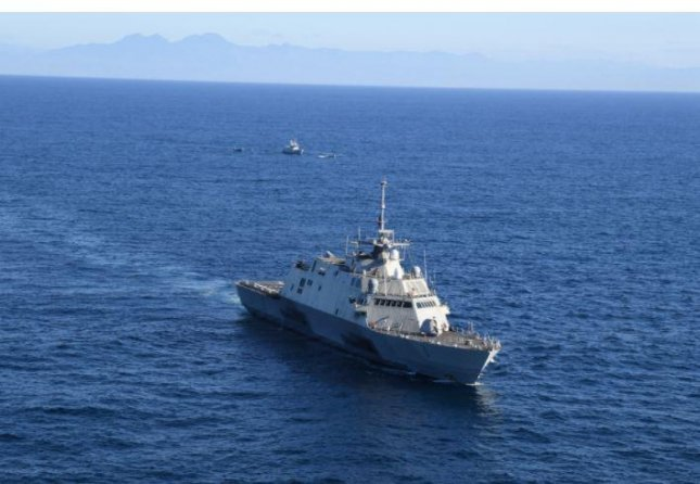 The USS Freedom participated in passing drills with counterparts ships of navies of El Salvador and Guatemala, the U.S. Naval Forces Southern Command said. Photo by MCS Seaman Richard Cho/4th Fleet