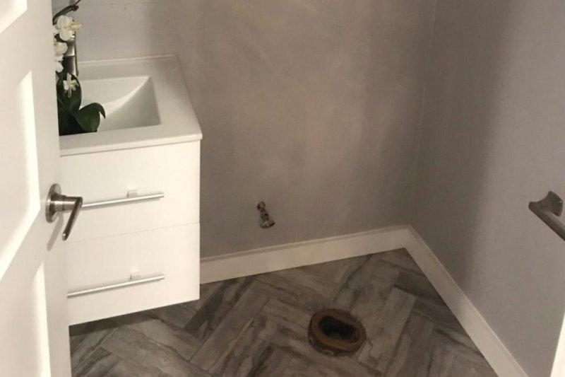 Someone Stole Ex-Dallas Mav Charlie Villanueva's Toilet, Appliances