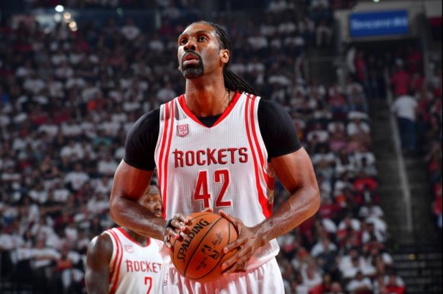 Rockets, Nene hit snag in deal, re-enters free agency