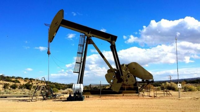 Oil and gas production, which includes fracking, generates large volumes of wastewater, which is often injected into the ground as a means of disposal to avoid polluting surface waters. Photo by UCR