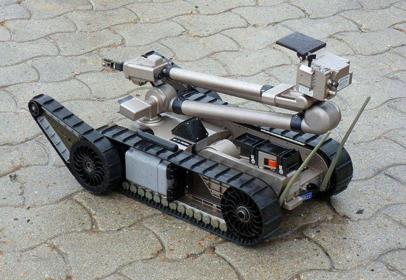 An iRobot 510 PackBot. (CC/Outisnn)