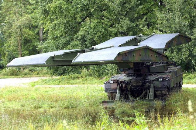 KMW's Leguan bridge laying system on a Leopard 2 chassis. Photo courtesy KMW