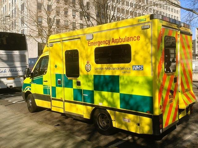 A driver in England moved an ambulance -- while a woman inside was being treated for a life-threatening condition -- to free up a parking space for himself. Photo by Biffo/Pixabay