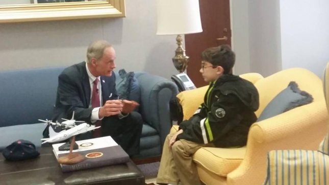 Braeden Mannering (R) meets with Delaware senator Tom Carper (L) while visiting Washington D.C. Mannering, 12, will be a guest of first lady Michelle Obama at the State of the Union address. Photo By 3B: Brae's Brown Bags/Facebook