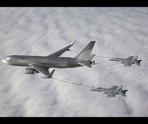 The NewGen Tanker demonstrates its ability to simultaneously refuel two F/A-18 Super Hornet aircraft from the wing air refueling pods. (Boeing photo illustration)