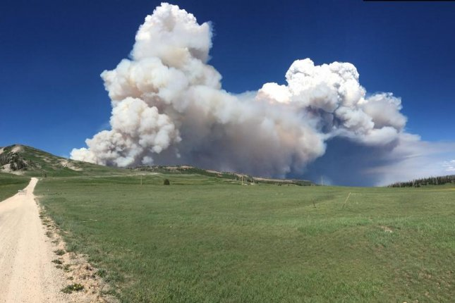 Evacuations ordered for town of Mayer for growing wildfire