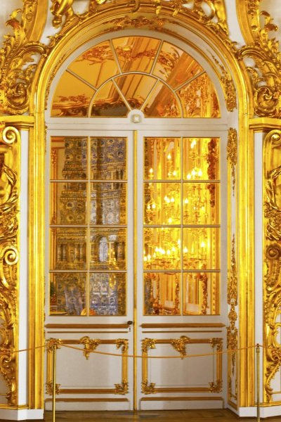 Polish historian Bartlomiej Plebanczyk believes he may have found the long-lost Amber Room, consisting of wall panels made of amber and gold. Pictured is a recreation of the room located in the Catherine Palace in Russia. Photo by Alexandra Lande/Shutterstock