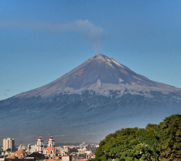 Mexico City's Mount Popocatepetl on April 11, 2012. Photo by RussBowling via Flickr.