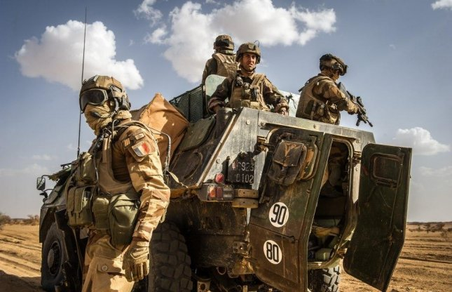 France confirms special forces in Libya, reports deaths of three soldiers