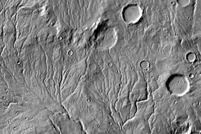 Researchers analyzed the patterns of thousands of valley networks on Mars, and say at least some of them were likely caused by glacial movement, not rivers. Photo by NASA/JPL-Caltech/Arizona State University