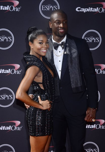 Gabrielle Union, Dwayne Wade say no cameras at wedding
