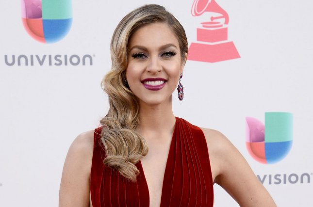 Watch latin grammys online live loadfrediscover for Diva sofia streaming