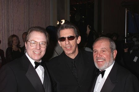 NYP2000100797 - 07 OCTOBER 2000 - NEW YORK, NEW YORK, USA: (l-r) Michael McKean, Richard Belzer and Alan King at the Roast held at the New York Friars Club in honor of Rob Reiner. The Roast was presented by Comedy Central..rw/ne/Nick Elgar/ImageDirect, UPI
