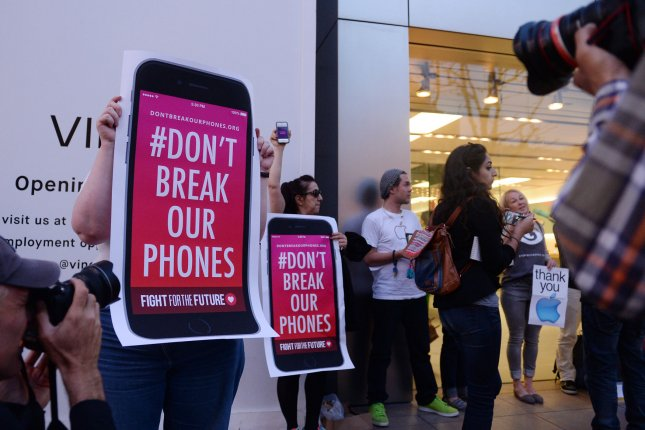Watchdog: FBI took Apple to court too soon over locked San