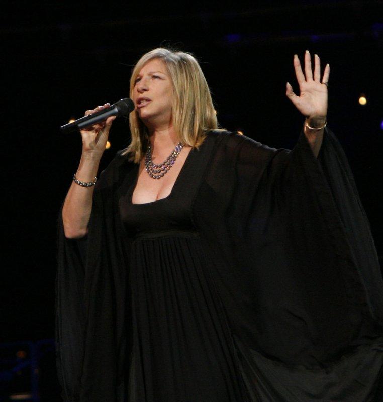 Singer/actress Barbra Streisand performs in concert at Bercy in Paris on June 26, 2007. (UPI Photo/David Silpa)