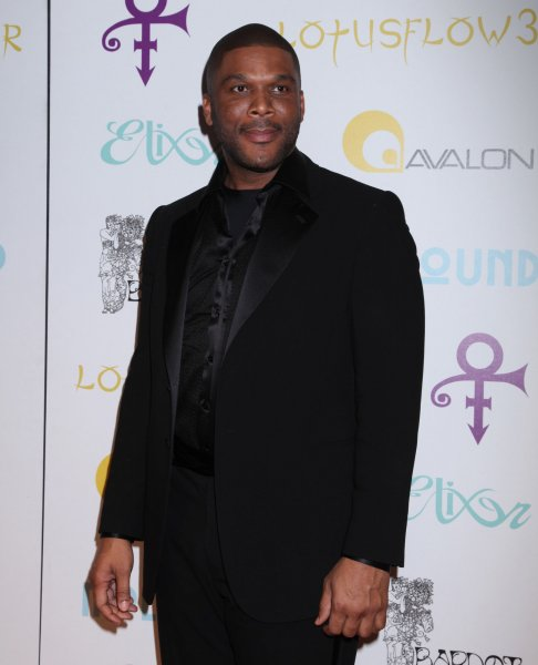 Tyler Perry arrives on the red carpet at Prince's Oscar After Party in Hollywood on February 22, 2009. The event, during which Prince performed live, followed the 81st annual Academy Awards ceremony. (UPI Photo/David Silpa)