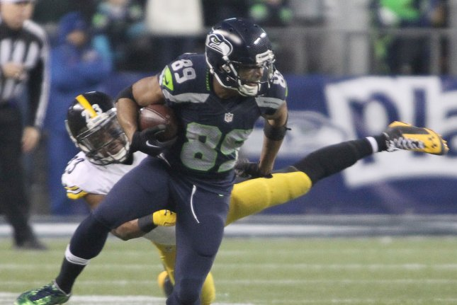 seattle seahawks wr doug baldwin knee will not be 100 percent upi com