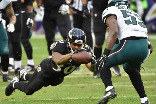 Ravens RB Kenneth Dixon lost for season with torn meniscus
