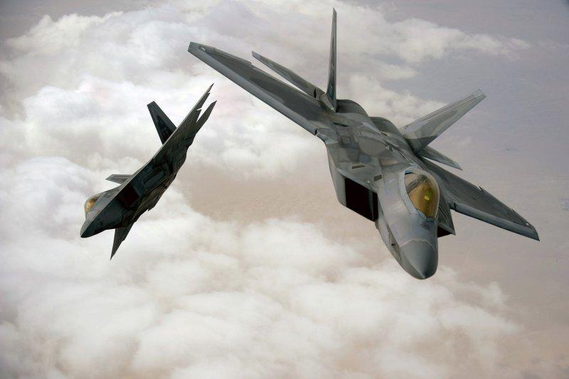 Boeing delivers new F-22 flight simulators