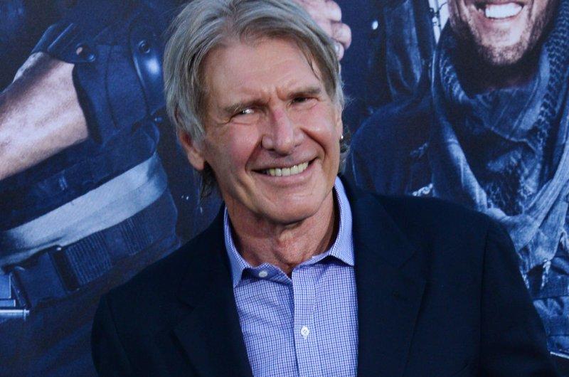 'Star Wars: The Force Awakens' releases TV spot trailer