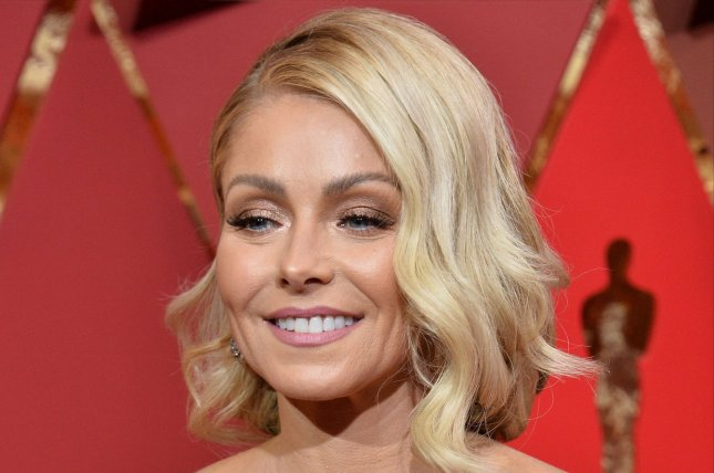 Ripa set to announce new co-host