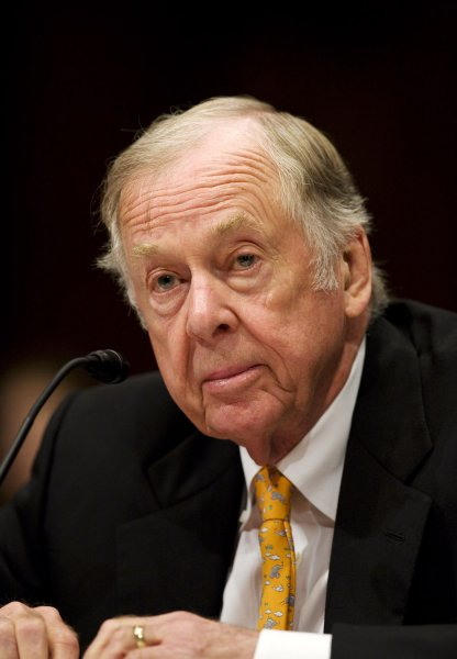 Oil billionaire T. Boone Pickens testifies before the Senate Homeland Security and Governmental Affairs Committee about alternative energy plans for the United States on July 22, 2008 on Capitol Hill in Washington. After making billions of dollars as an oil speculator, Pickens wants to promote the use of American technology, including wind turbines, and alternative energy to reduce the U.S. dependency on foreign oil. (UPI Photo/Patrick D. McDermott)
