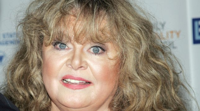 sally struthers is set to go on trial sept  23 for her dui case